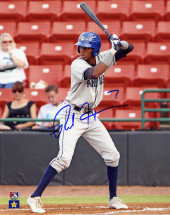 Rosell Herrera Signed 8×10 – Batting